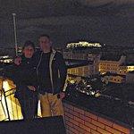 En la terraza del Olive, con el Partenon detrás