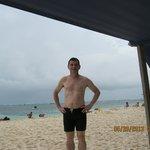 En la Playa, al frente del Hotel El Dorado