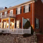 Hatchery Houses Bed & Breakfast