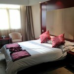 Jinshijie Hotel