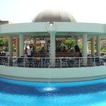Bar aan het zwembad