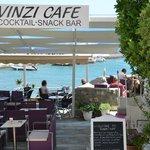 Vinzi Cafe