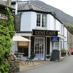 Lyn`s Cafe, Beddlegert.