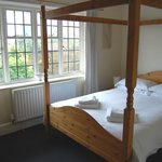 Room 1- Four poster with ensuite shpwer room