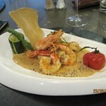 The seafood medlay described above!