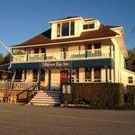 Meldrum Bay Inn