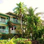 Front of Garden Island Inn
