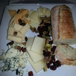 the 5 cheese platter