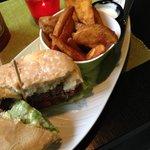 Speck und käse burger