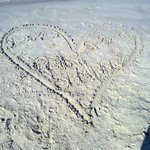 il nostro cuore sulla sabbia