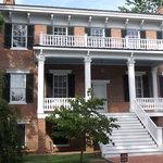 Lee Hall Manor