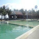 piscine prêt du restaurant & de la plage