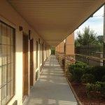 Photo de Days Inn & Suites Tuscaloosa - University of Alabama
