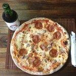 pizza salame salsiccia würstel