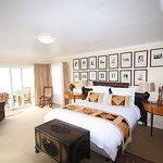 Room 5, Main suite