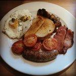 Sussex breakfast (no beans)
