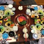 That's a big spread of Sukiyaki dinner... yummy
