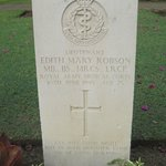 Died 1945 - A 25 yr old Army Officer/Lady Surgeon's headstone