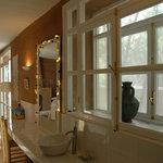 salle de bains de la suite 6 sur jardin