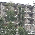 nice place to stay in manali