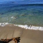 Blick vom Zimmer direkt aufs Meer