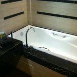 Bathtub 1632 Gumaya