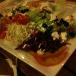 salade très copieuse .