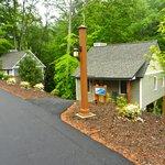 Chestnut Cabin #4 & Cabin #5