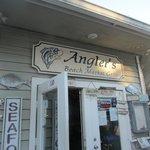 Foto de Anglers Beach Market Grill