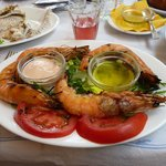 Avithos taverna - grilled king prawns !