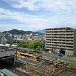 部屋から望む橿原神宮前駅