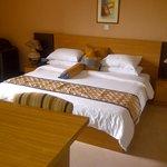 jacuzzi suite room 1