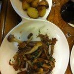 Duck with mushrooms in garlic & potatoes