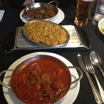 vindaloo and lamb sag excellent