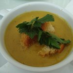 Fresh parsnip soup with homemade croutons
