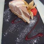 Vanilla and chocolate marble cheesecake