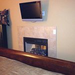Flat screen and fireplace in newer 1 bedroom units