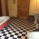 Bathroom of Waldegrave room