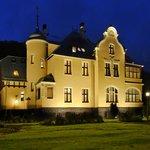 Villa Elise at night view