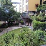 Jardín interior del hotel