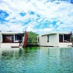 Lagoon Suites (67231966)