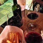 Zinfandel Food & Wine Bar Foto