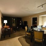1 bedroom condo living/dining space