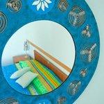 Stanza blu: romantica ma spiritosa. Con balconcino privato.