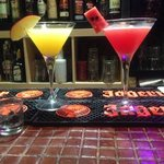 Apple martini And Watermelon martini delicioso con fruta natura