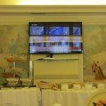 TV dominates Brakfast