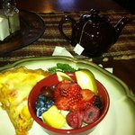 Prosciutto Quiche with yummy fresh fruit