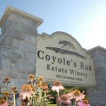 Coyote's Run Sign