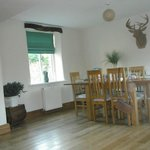 Deer Park Cottage - Dining Area