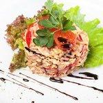 Очч вкусный салат! Фирменный) Петцольдъ!))